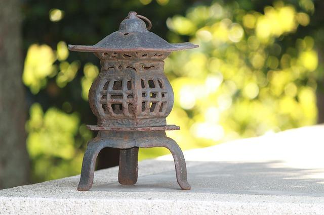 lantern-2330423_640