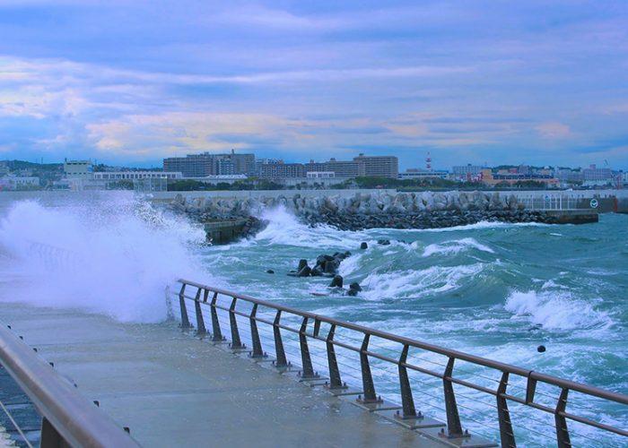 typhoon-1725056_1920s
